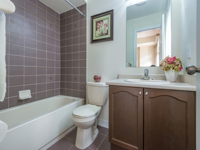 Townhouse at 151 Silverwood Ave, Unit Unit 32, Richmond Hill, Ontario. Image 16
