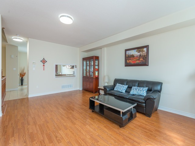 Townhouse at 151 Silverwood Ave, Unit Unit 32, Richmond Hill, Ontario. Image 18
