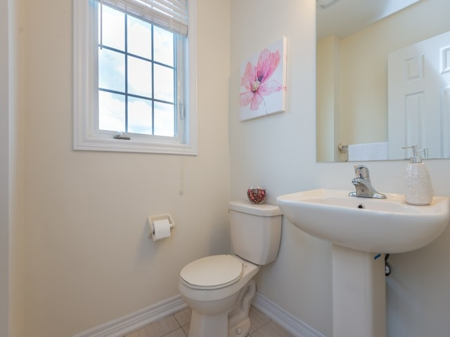 Townhouse at 151 Silverwood Ave, Unit Unit 32, Richmond Hill, Ontario. Image 3