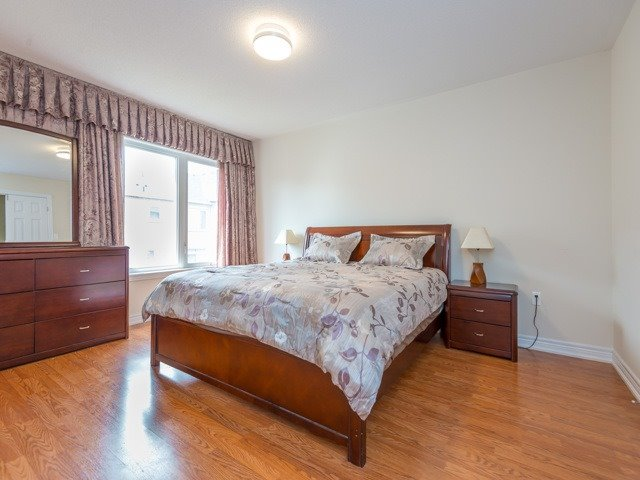 Townhouse at 151 Silverwood Ave, Unit Unit 32, Richmond Hill, Ontario. Image 5