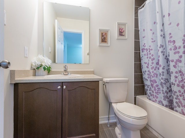 Townhouse at 151 Silverwood Ave, Unit Unit 32, Richmond Hill, Ontario. Image 9