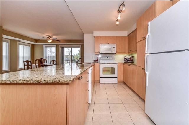 Condo Apartment at 22 James Hill Crt, Unit 216, Uxbridge, Ontario. Image 19