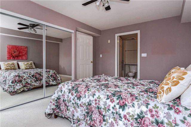 Condo Apartment at 22 James Hill Crt, Unit 216, Uxbridge, Ontario. Image 2