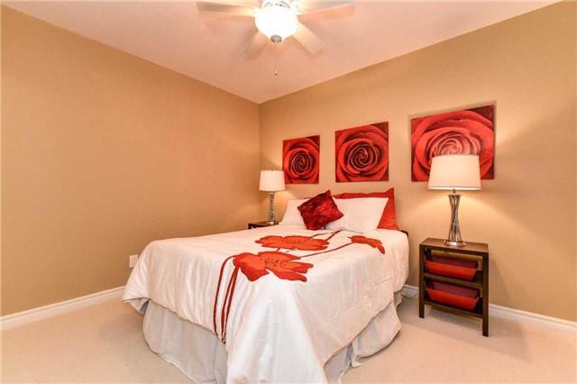 Condo Apartment at 22 James Hill Crt, Unit 216, Uxbridge, Ontario. Image 3
