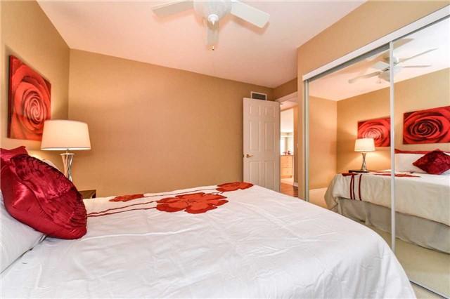 Condo Apartment at 22 James Hill Crt, Unit 216, Uxbridge, Ontario. Image 4