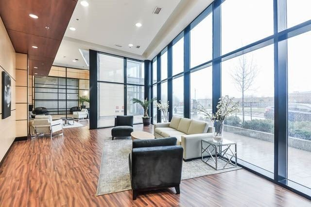 Condo Apartment at 2900 Highway 7 Rd, Unit 3105, Vaughan, Ontario. Image 2