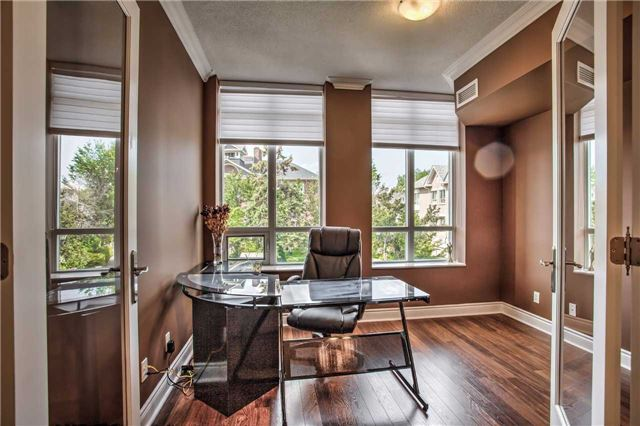 Condo Apartment at 10101 Yonge St, Unit 307, Richmond Hill, Ontario. Image 12