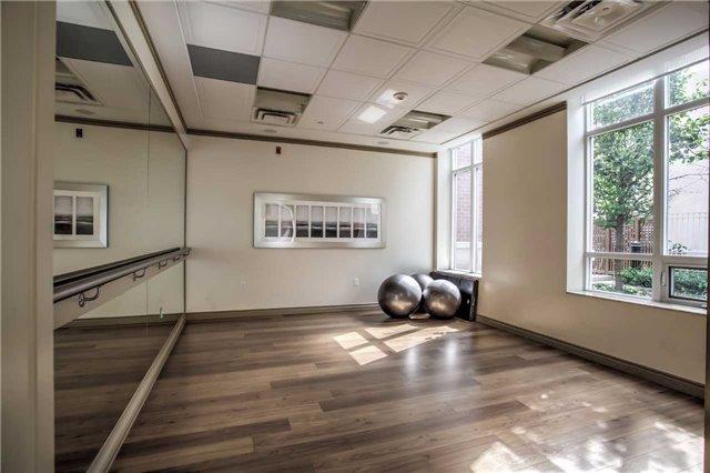 Condo Apartment at 10101 Yonge St, Unit 307, Richmond Hill, Ontario. Image 5