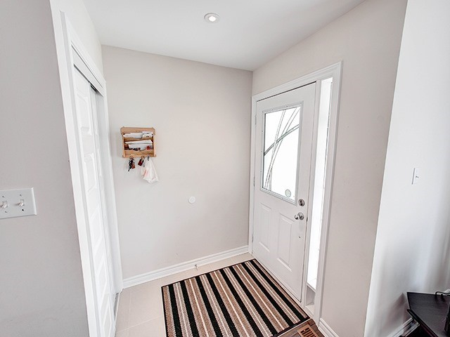 Townhouse at 342 Spruce Grove Cres, Newmarket, Ontario. Image 12