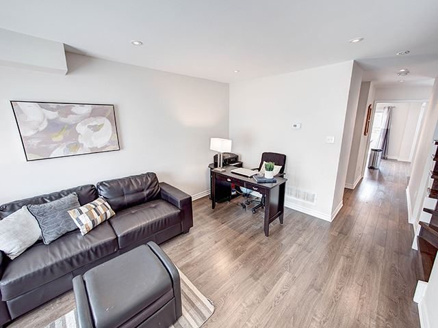 Townhouse at 342 Spruce Grove Cres, Newmarket, Ontario. Image 14