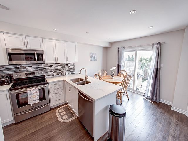 Townhouse at 342 Spruce Grove Cres, Newmarket, Ontario. Image 19