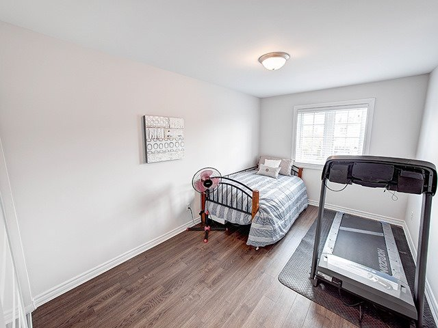 Townhouse at 342 Spruce Grove Cres, Newmarket, Ontario. Image 7