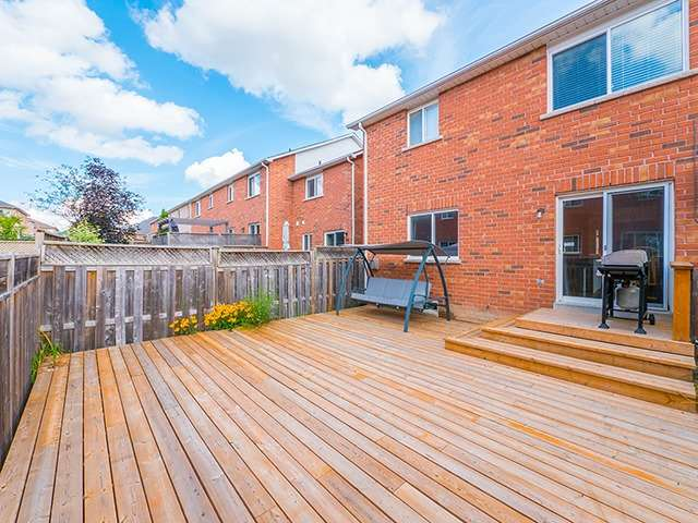 Townhouse at 342 Spruce Grove Cres, Newmarket, Ontario. Image 10