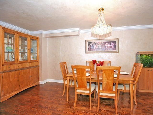 Detached at 154 Greenbelt Cres, Richmond Hill, Ontario. Image 18