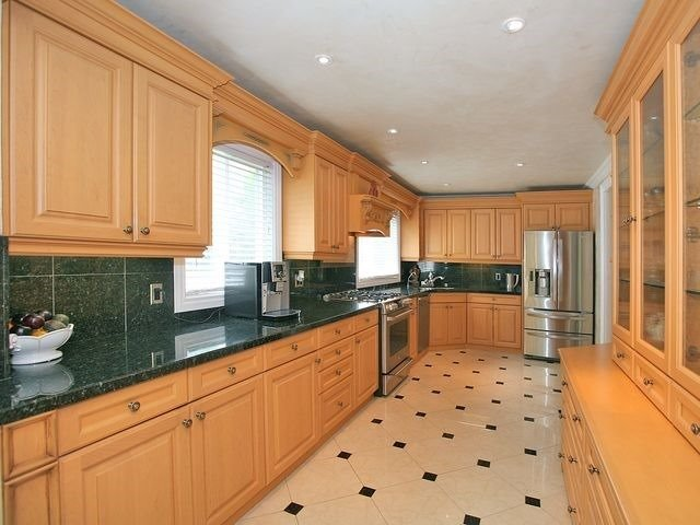 Detached at 154 Greenbelt Cres, Richmond Hill, Ontario. Image 19