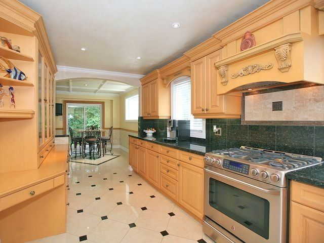 Detached at 154 Greenbelt Cres, Richmond Hill, Ontario. Image 20