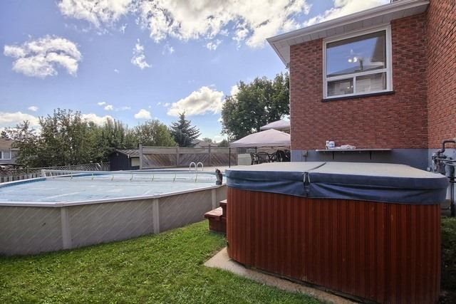 Detached at 26 Imperial Cres, Bradford West Gwillimbury, Ontario. Image 11