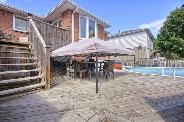 Detached at 26 Imperial Cres, Bradford West Gwillimbury, Ontario. Image 13