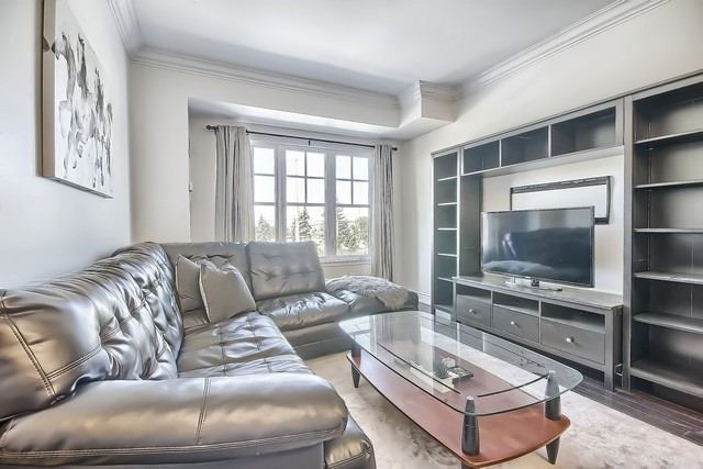 Condo Apartment at 10211 Keele St, Unit 227, Vaughan, Ontario. Image 19