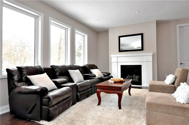 Detached at 2305 4th Line, Innisfil, Ontario. Image 3