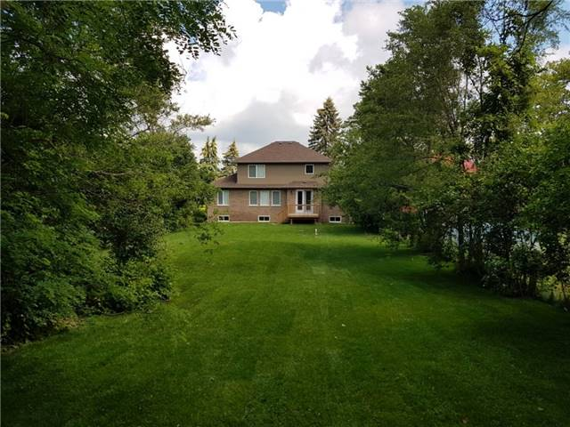 Detached at 2305 4th Line, Innisfil, Ontario. Image 11