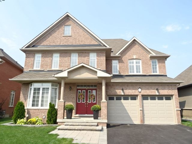 Detached at 124 Second Ave, Uxbridge, Ontario. Image 1