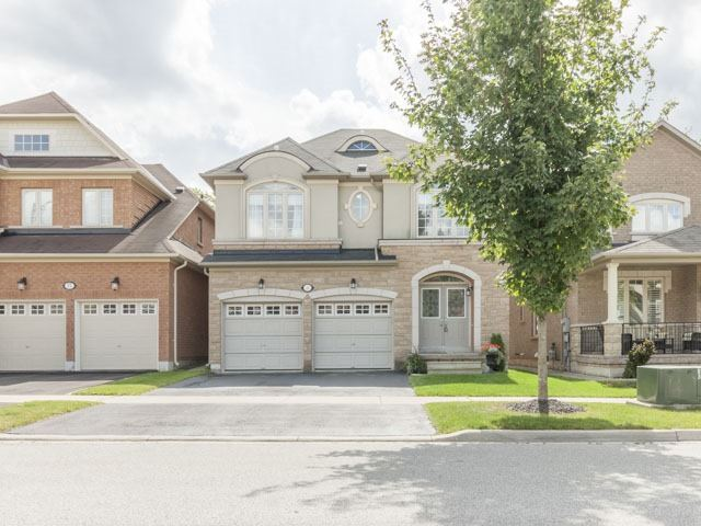 Detached at 11 Pexton Ave, Richmond Hill, Ontario. Image 1