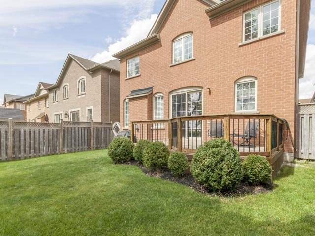 Detached at 11 Pexton Ave, Richmond Hill, Ontario. Image 13