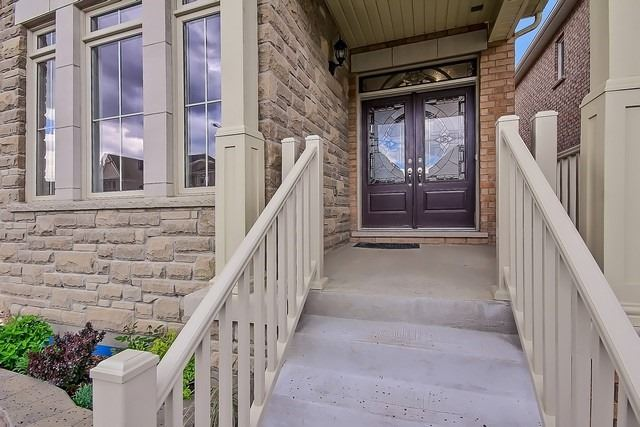 Detached at 41 Heron Hollow Ave, Richmond Hill, Ontario. Image 12