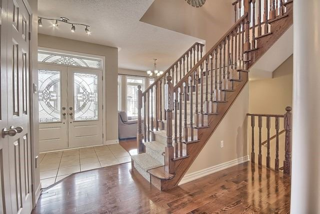 Detached at 41 Heron Hollow Ave, Richmond Hill, Ontario. Image 14