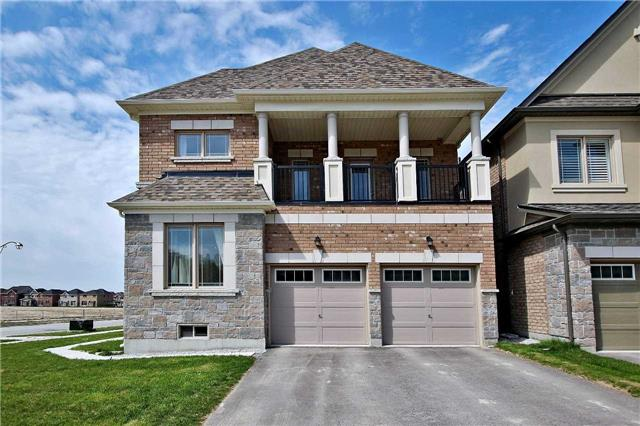Detached at 410 Hartwell Way, Aurora, Ontario. Image 14
