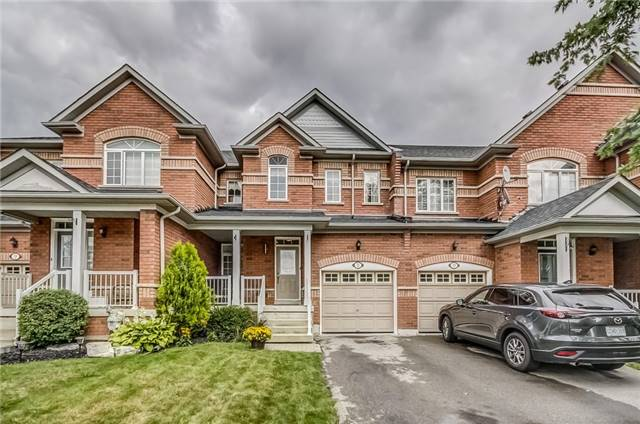 Townhouse at 72 Limeridge St, Aurora, Ontario. Image 1