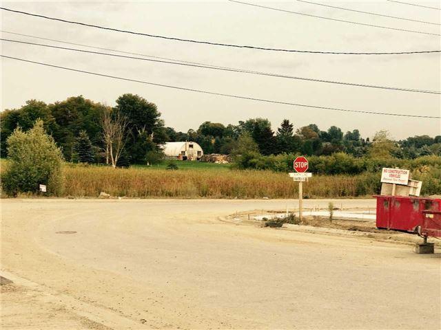 Detached at 98 Vivian Creek Rd, East Gwillimbury, Ontario. Image 8