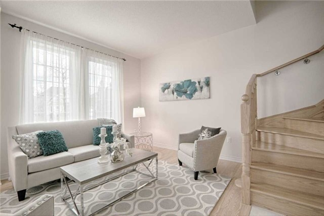 Townhouse at 164 Yorkland St, Richmond Hill, Ontario. Image 9
