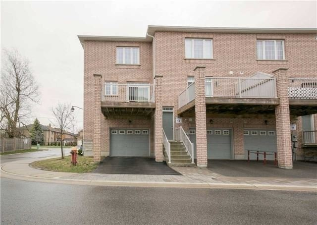Townhouse at 164 Yorkland St, Richmond Hill, Ontario. Image 6