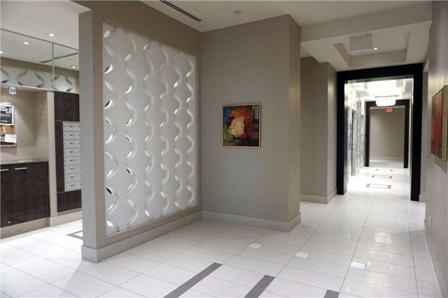 Condo Apartment at 9600 Yonge St, Unit 1701B, Richmond Hill, Ontario. Image 15