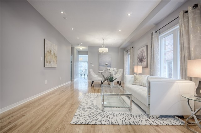 Detached at 575 Forsyth Farm Dr, Whitchurch-Stouffville, Ontario. Image 12