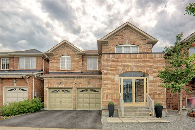 Detached at 575 Forsyth Farm Dr, Whitchurch-Stouffville, Ontario. Image 10