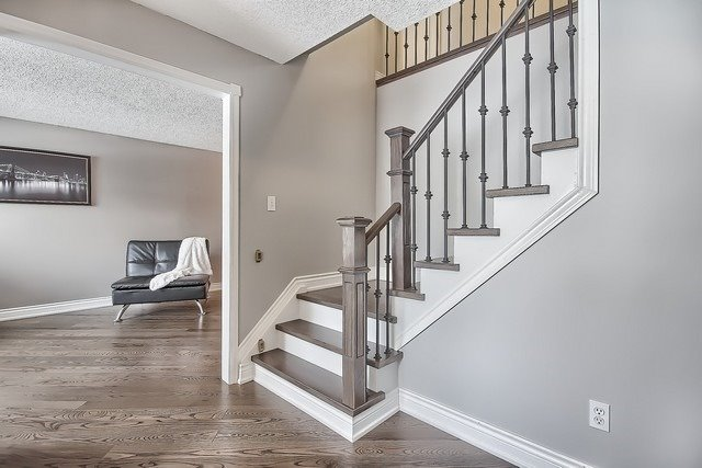 Detached at 365 Erin Tr, Newmarket, Ontario. Image 14