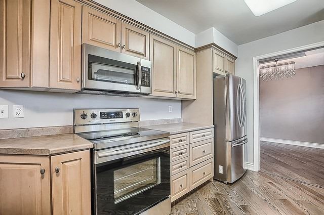 Detached at 365 Erin Tr, Newmarket, Ontario. Image 16