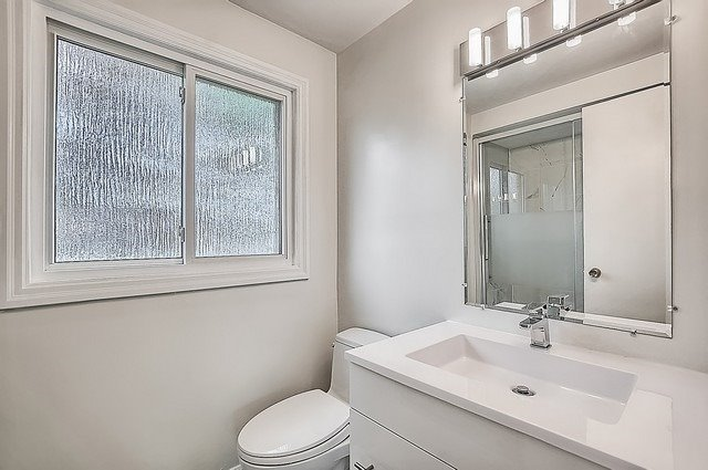 Detached at 365 Erin Tr, Newmarket, Ontario. Image 7
