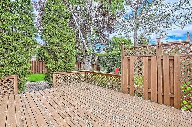 Detached at 365 Erin Tr, Newmarket, Ontario. Image 11