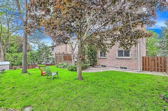 Detached at 365 Erin Tr, Newmarket, Ontario. Image 13