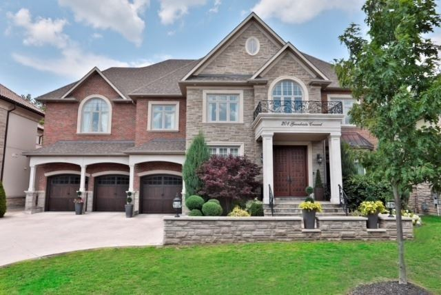 Detached at 201 Grandvista Cres, Vaughan, Ontario. Image 12