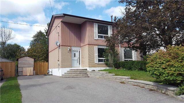 Semi-detached at 789 Elgin St, Newmarket, Ontario. Image 1
