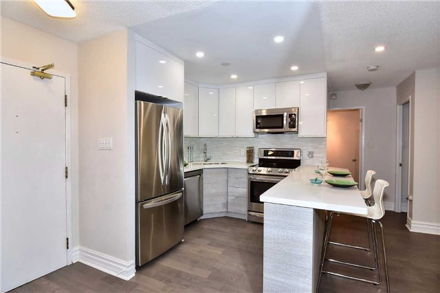 Condo Apartment at 326 Major Mackenzie Dr E, Unit 108, Richmond Hill, Ontario. Image 14