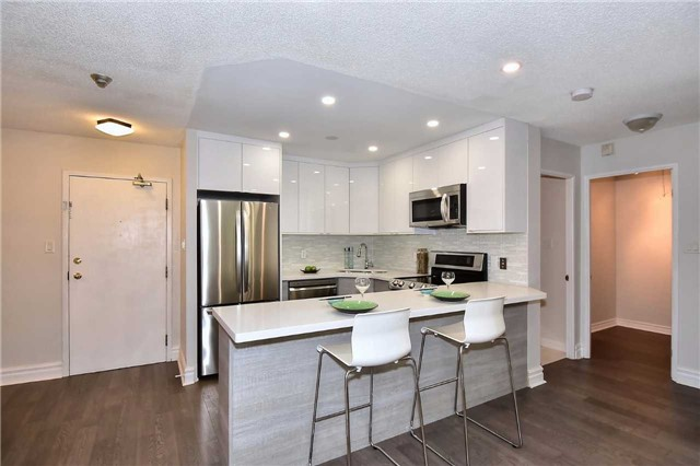 Condo Apartment at 326 Major Mackenzie Dr E, Unit 108, Richmond Hill, Ontario. Image 16