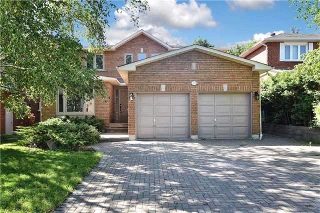 Detached at 59 Southgate Cres, Richmond Hill, Ontario. Image 1
