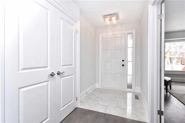 Detached at 59 Southgate Cres, Richmond Hill, Ontario. Image 17