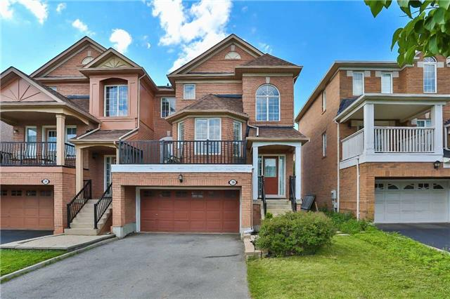 Semi-detached at 36 Madeira Ave, Vaughan, Ontario. Image 1
